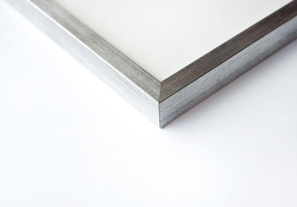 quadrum_corner_silver_low